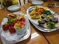 うさぎ組 お別れ会: 花型のり巻き・焼きトウモロコシ・えんどう&パプリカのソテー・鮭スティック・ぬか漬け等