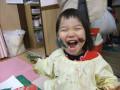 クリスマス会: 子どもたちにとって、クリスマスへ向けた制作も楽しい時間です