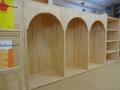 遊び棚 完成!: きれいなアーチ型の空間。ひっそりと自分だけの世界がもてるように。