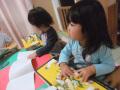 2014年12月クリスマス会: プレゼントは子どもたちが大好きな絵本でした!