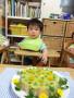 稜也くんはご飯が大好きなので、炊き込みご飯が土台のケーキにしました。