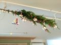 こぐまっこたちを天井から見守ってくれているようなツリーです。